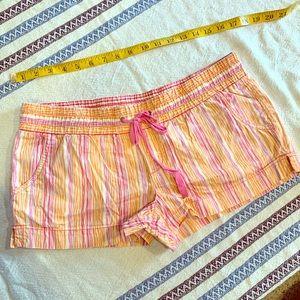 Hand Ten beach shorts